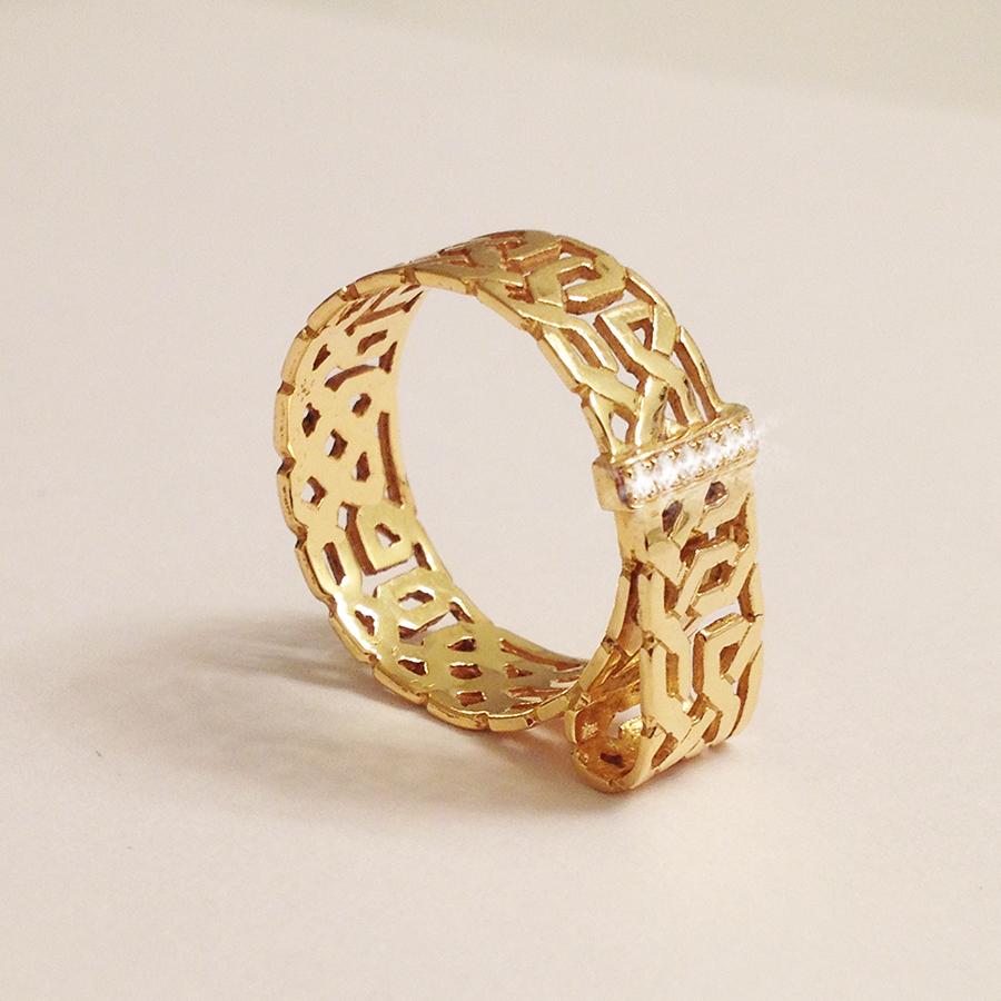 Ring With Diamonds.jpg