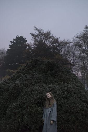 A self-portrait by Weronica Izdebska, Ovors - Interview