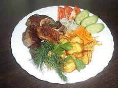 Мясо, картошка, зелень в Пушкине