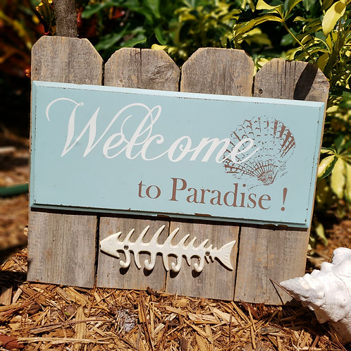 Welcome to Paradise with Fish Hook