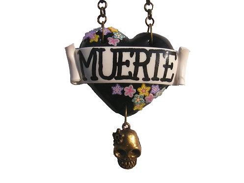 Muerte single heart necklaces