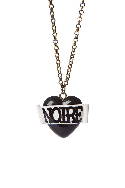 Noire mini single heart necklace