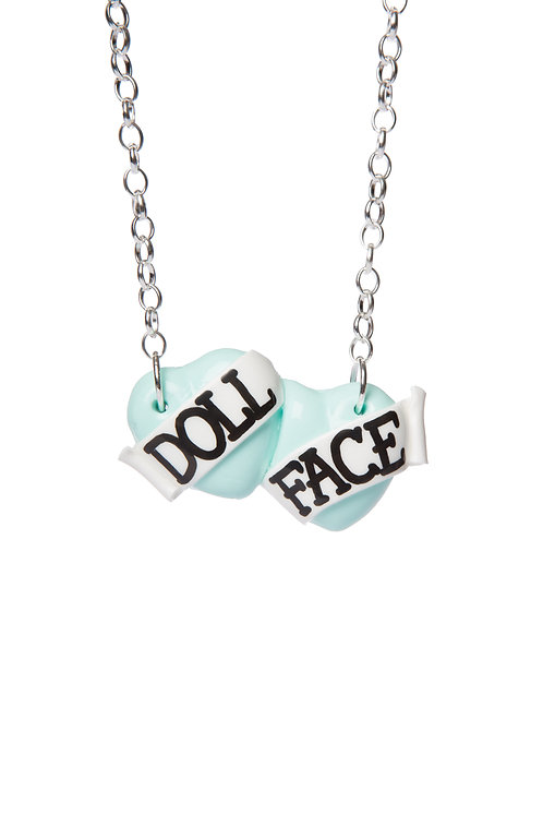 Doll Face small double heart necklace