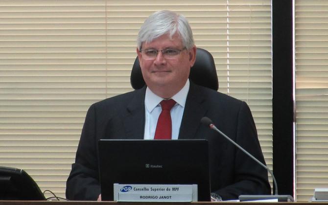 Janot pede ao STF investigação de políticos citados na delação da Odebrecht