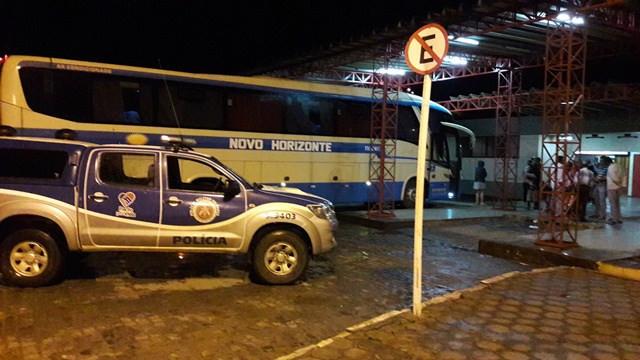 Juiz impede ônibus da empresa Novo Horizonte de seguir viagem