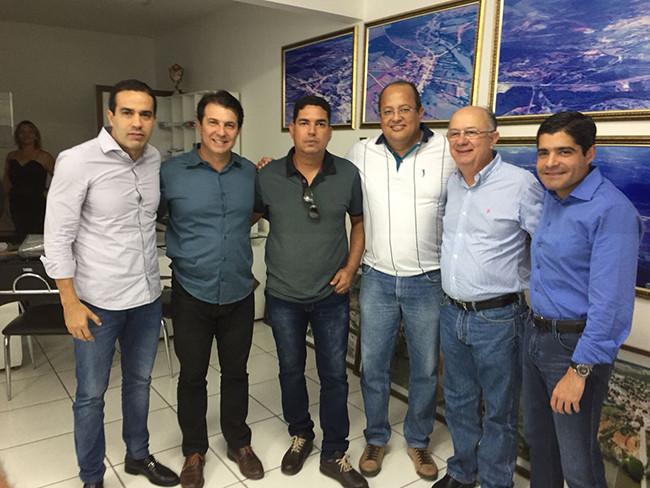 Lideranças de Macaúbas participam de evento em Brumado com Ministro da Educação