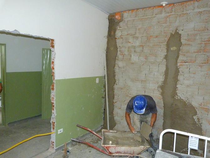 Hospital de Ibipitanga passa por reformas para melhor atendimento
