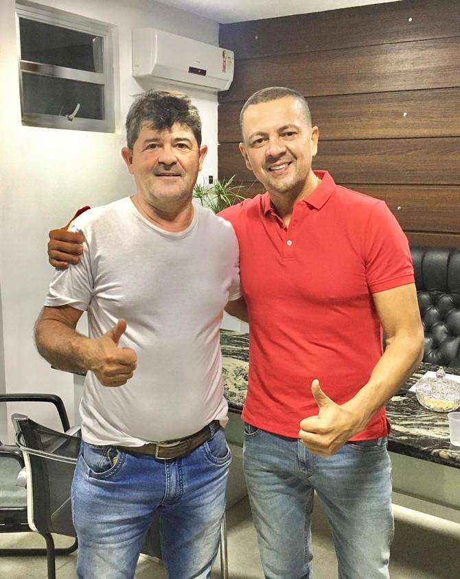 Robinson Nunes anuncia apoio a Aloisio