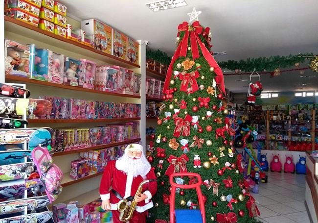Comprando no Bazar Nogueira quem faz a entrega é o Papai Noel