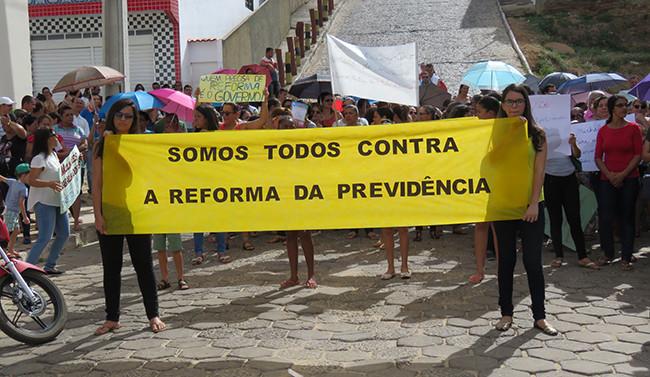 Macaúbas diz NÃO a Reforma da Previdência