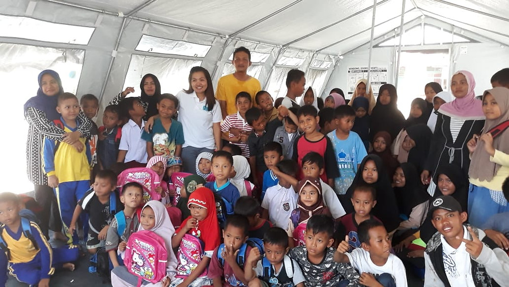 Lolu school Unicef tent