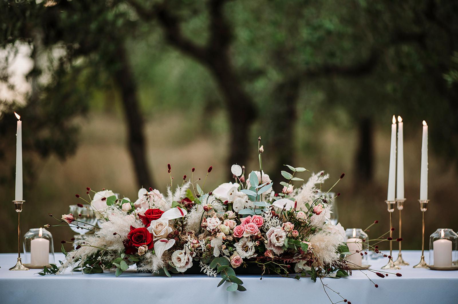 fiori e allestimento.jpg