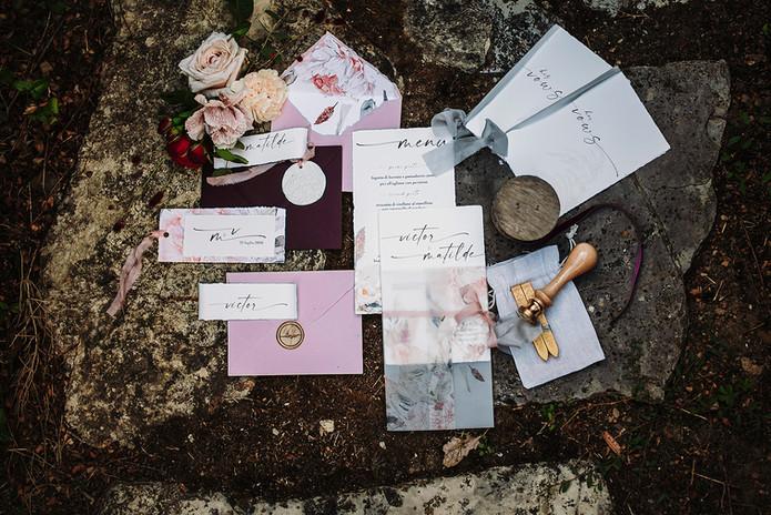 Shooting in Tuscany - Wedding stationery.jpg