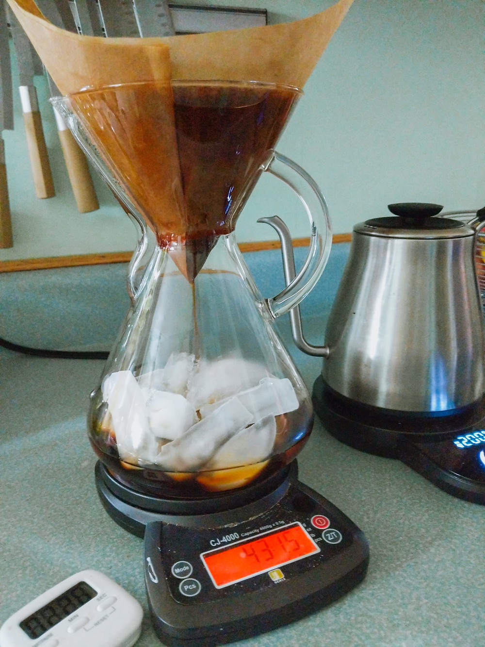 Iced pour over using Chemex