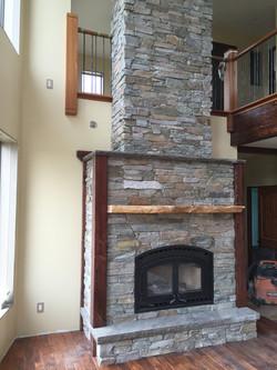 Cougar Ridge Mountain Stone
