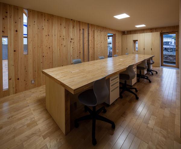事務室,シンプル,モダン,事務所,デザイン,ミニマル,家,建築家,設計事務所,兵庫県,養父市