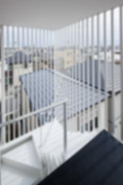 階段,マンション,集合住宅,白,シンプル,モダン,家,住宅,注文住宅,デザイン,ミニマル,家,建築家,設計事務所,兵庫県,神戸市