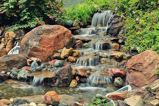 Gorgeous waterfalls in norcal.JPG