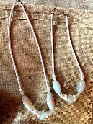 Colliers perles Cofi et Agathe