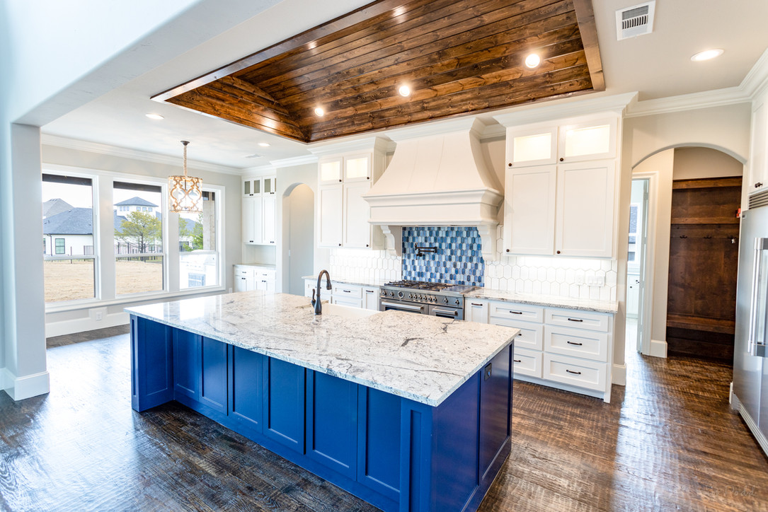 517 Shadow Wood kitchen 2 1200-1.jpg