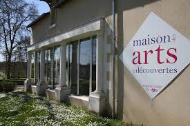 maison des arts Montbazon