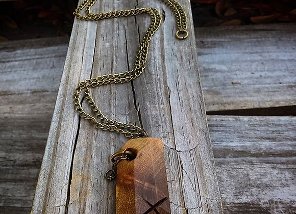 Oak Necklace