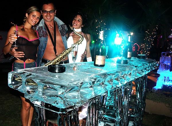 Ледяная барная стойка