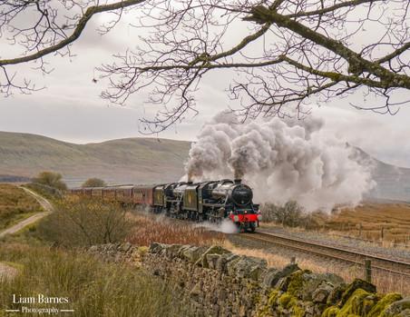 Black Five 44871 & Black Five 45407 'The Lancashire Fusilier'