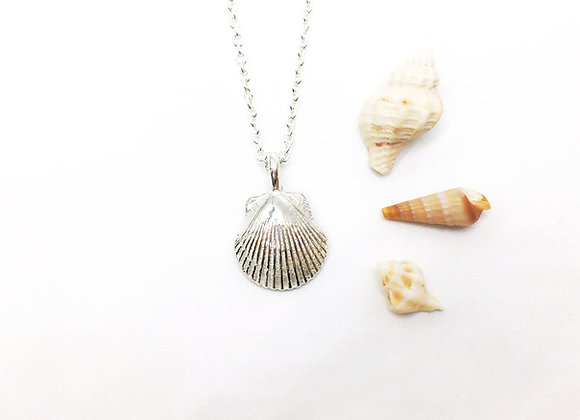 Tiny Silver Scallop Necklace