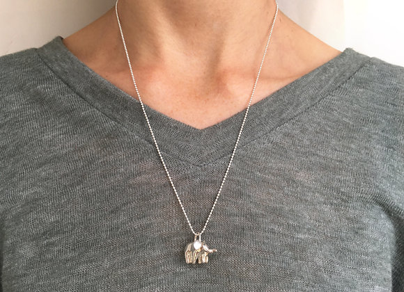 Silver Mama and Baby Elephant Necklace