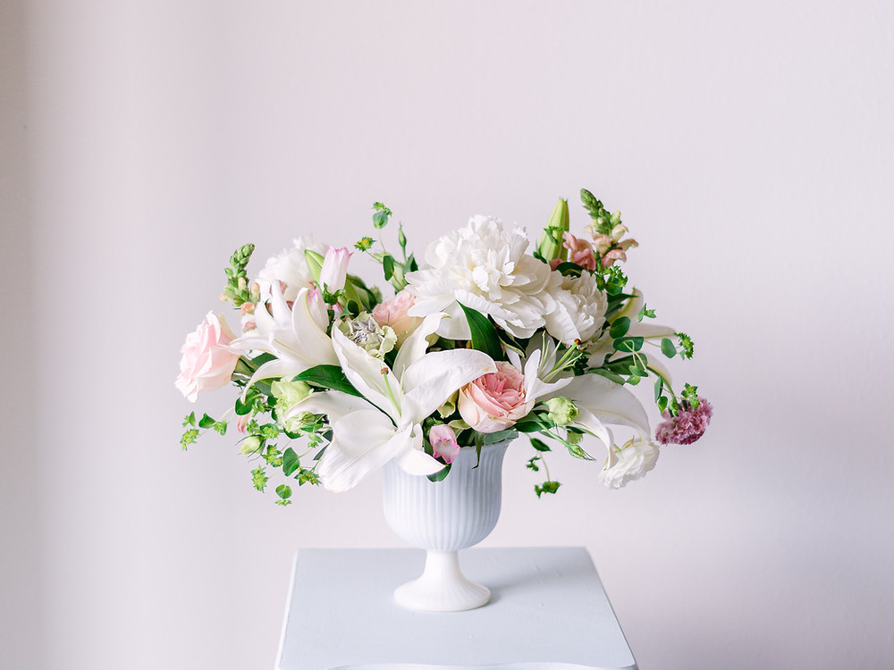 Spring floral arrangement made by Briar Rose Floral Design and photographed by Clearwater wedding photographer Nina Bashaw
