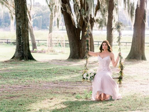 Alyssa's bridal portraits at Covington Farms