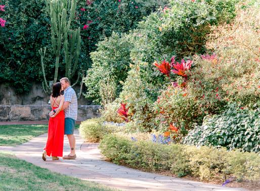 Cillian and Elizabeth - Couples photos at Sunken Gardens