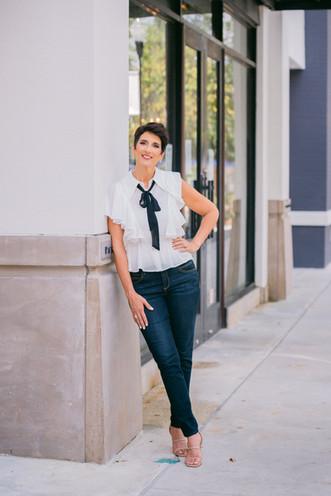 Sarasota headshot photographer Nina Bashaw
