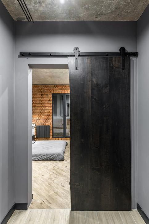 Дверь-слэб из массива ольхи