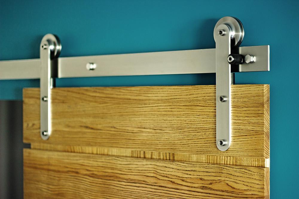 Амбарная дверь HV с механизмом Monorolla