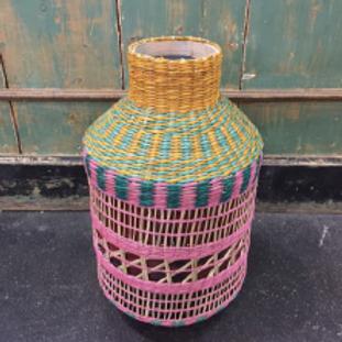 Vase tressé coloré 51