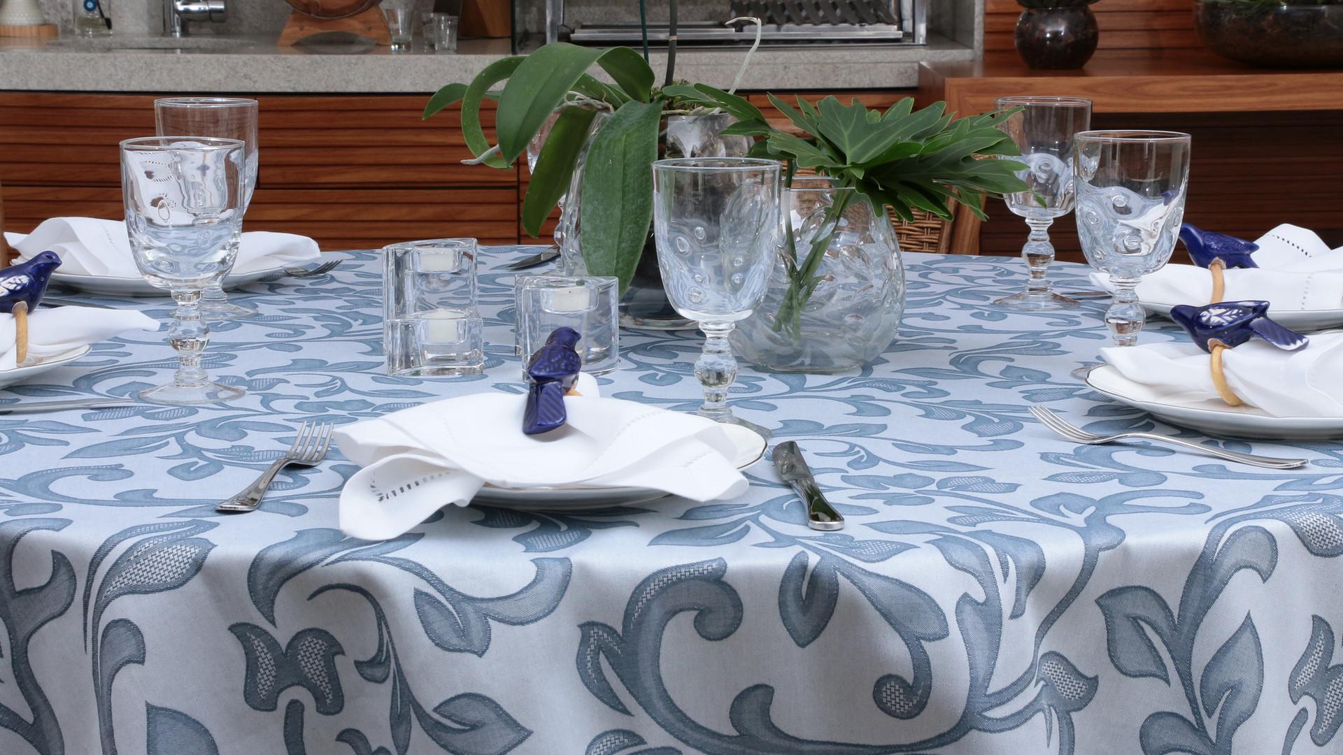 Toalha de Mesa_Isadora_Nicolas Azul.jpg