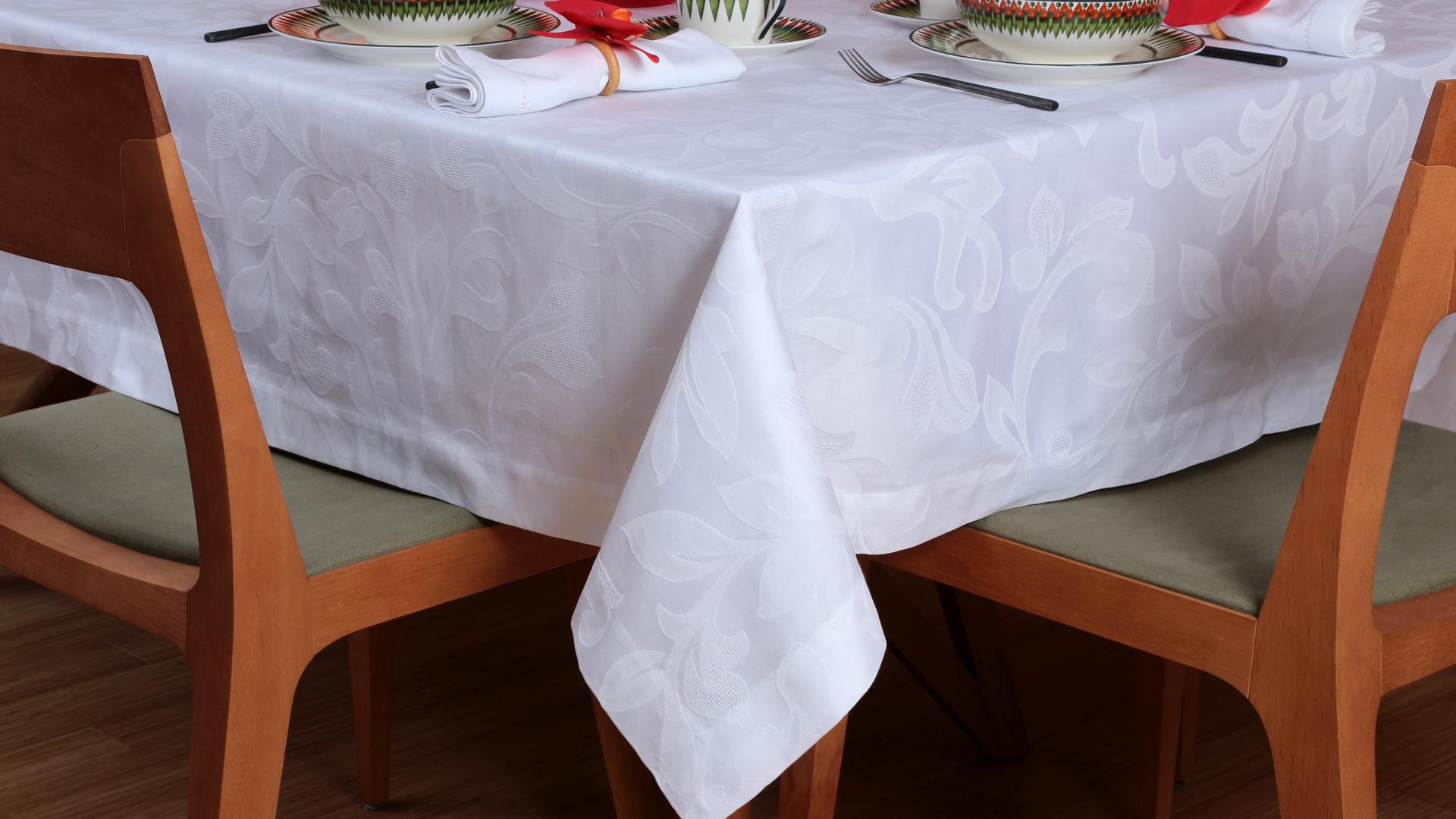 Toalha de Mesa_Isadora_Nicolas Branca.jp