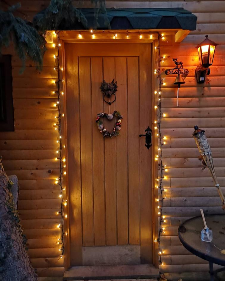 cabin christmas.jpg