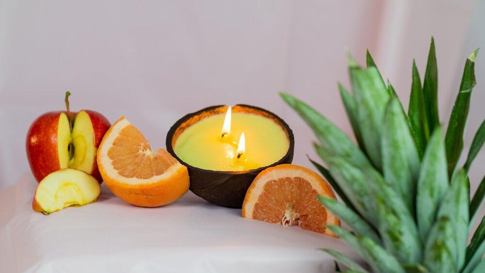 Ripe, tangy grapefruit fused with garden fresh mint candle from Black owned candle business, Isle of wax