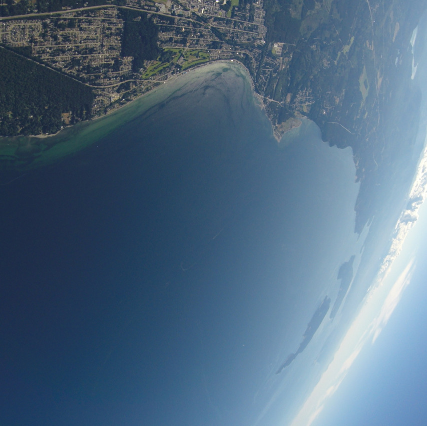Go 12500 above the ocean with Skydive Vancouver Island