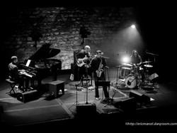 Avec Maher Beauroy (Piano) Dominique Mirval (Basse) et Arnaud Dolmen (Batterie) © Eric MARCEL
