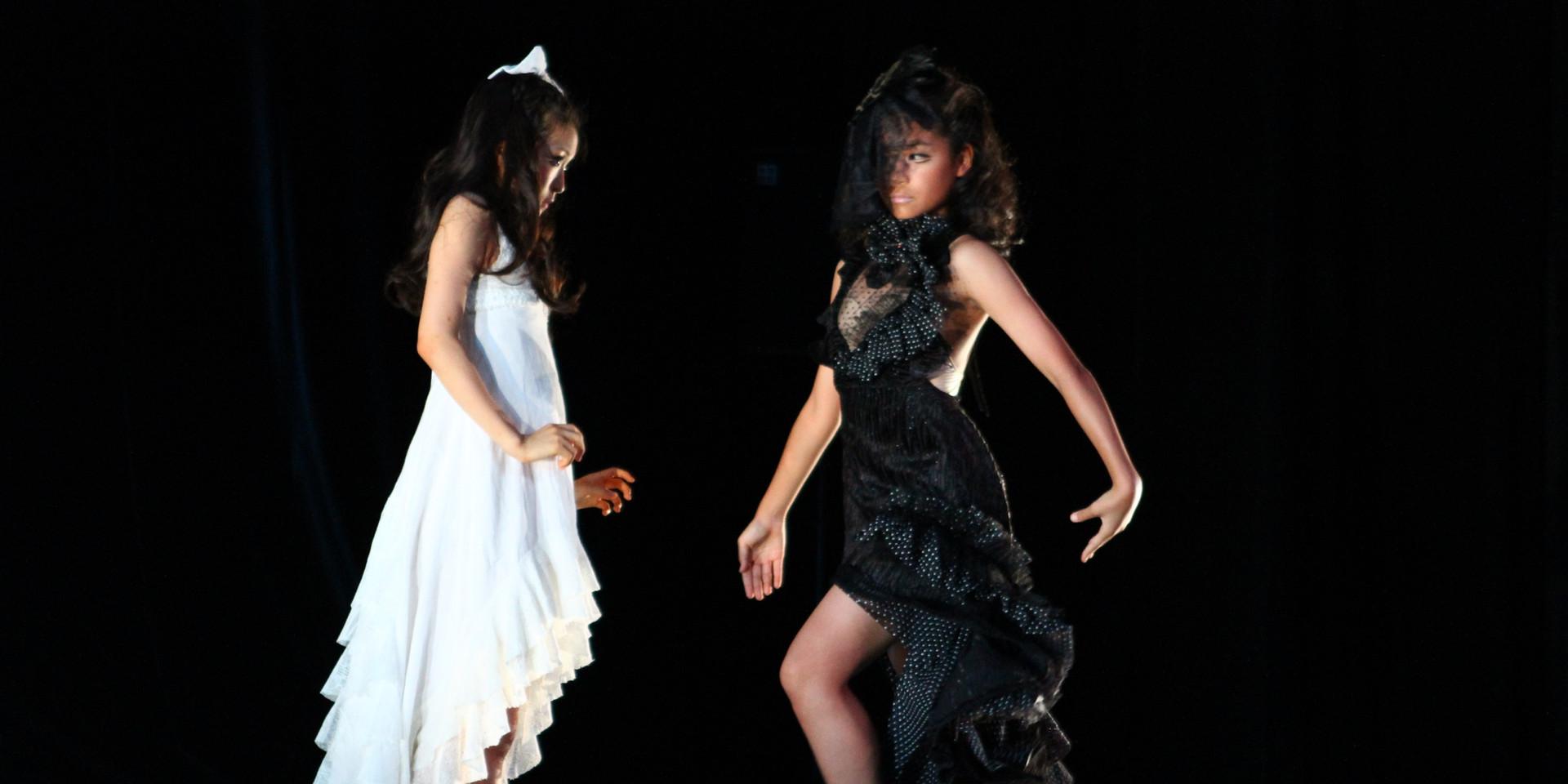 舞台「踊りたいけど踊れない」原作:寺山修司 東京公演