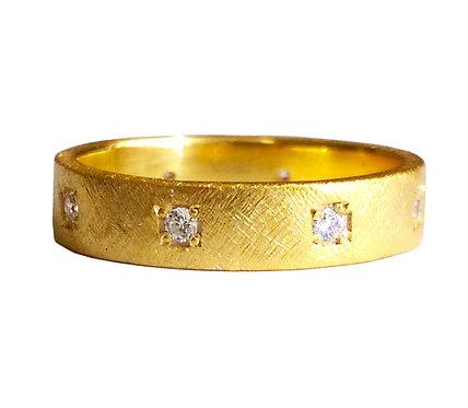 Diamond scratched wedding band