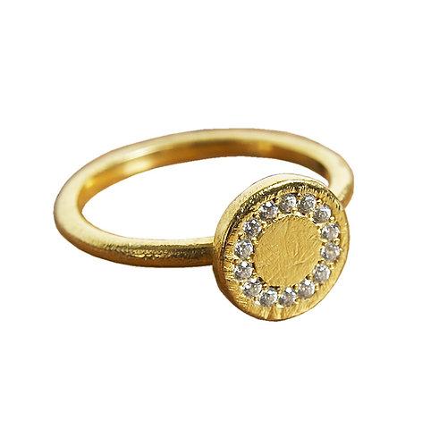 Circle Gold Diamond Woman's Ring