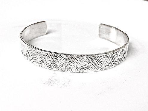 Geomtric cuff bracelet