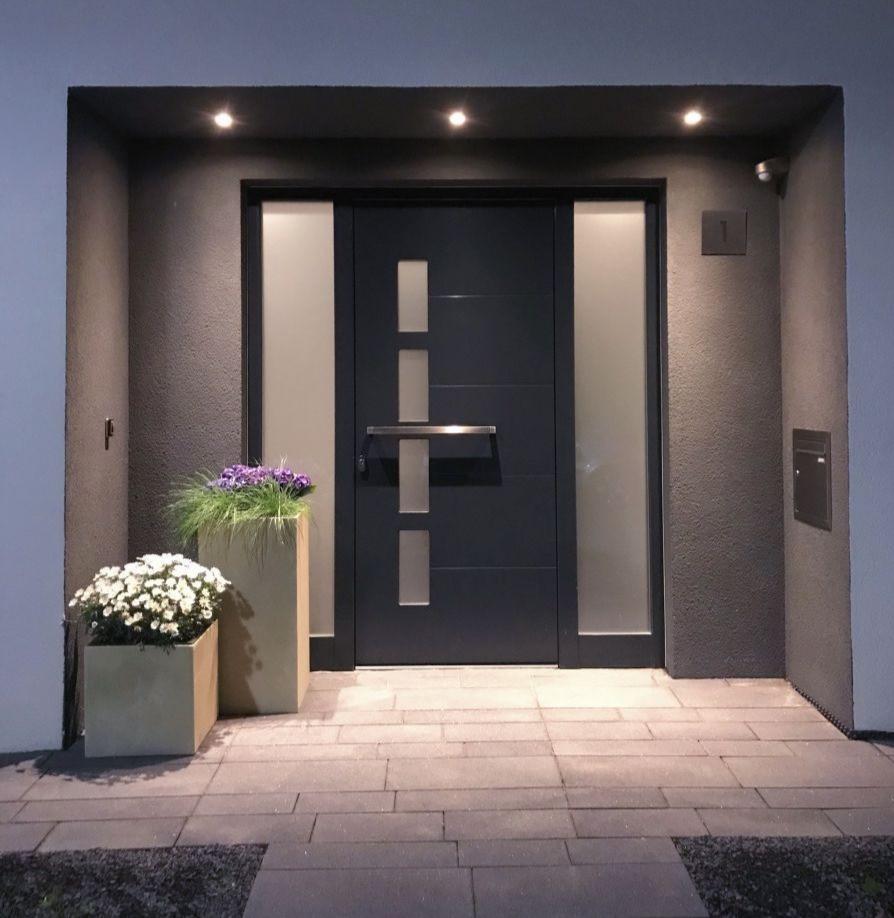 Modern Entrance Door, Front Entrance Door, Contemporary Entrance Door, Entry Door, LED Lights, Glass Door, St. Catharines, Burlington, Oakville, Toronto, Muskoka, Ottawa