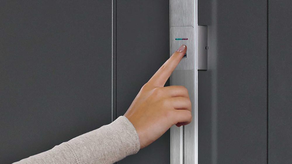 Modern Door Handle, Contemporary Door Handle, Finger Scan, LED Keypad, Security, Safety, St. Catharines, Hamilton, Burlington, Oakville, Mississauga, Toronto, Muskoka, Barrie, Ottawa, Montreal