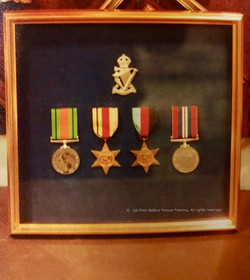 Box frame for medals